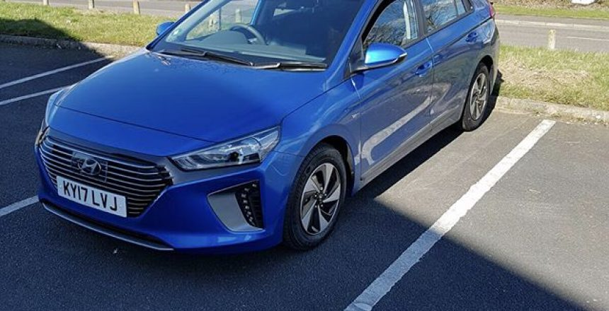 Thanks to Zaffar for sending us his photos of his new Hyundai IONIQ which he has taken on an 18 month contract! Short and Long Term Car Leasing : 0330 330 9425 : or GOOGLE