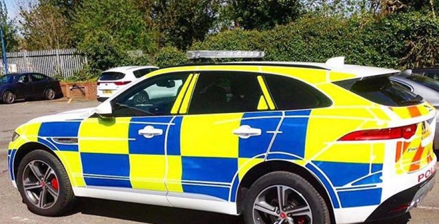 Police Jaguar F-Type - Photo taken by @drivingderby