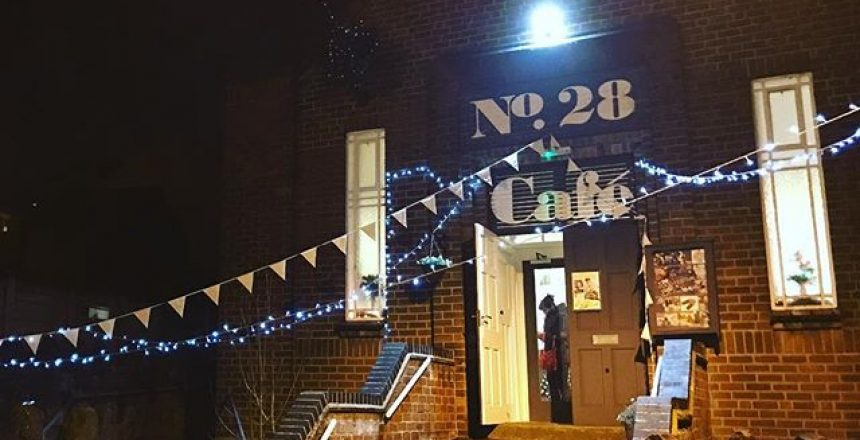 Some of the @cocoonvehicles team are at No.28 tonight for the @businessbelper Christmas Get Together! Short and Long Term Car Leasing : 0330 330 9425 : or GOOGLE