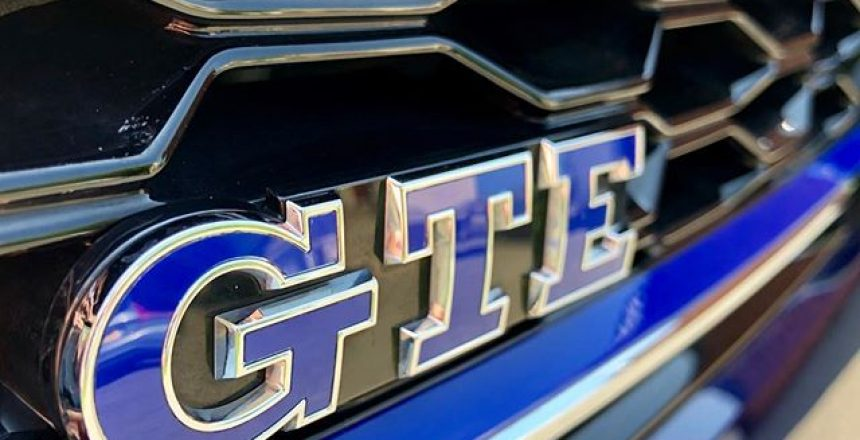 VW Golf GTE - why compromise performance over economy! @vw @volkswagen @volkswagen_uk
