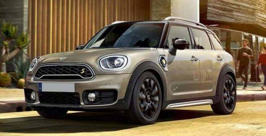 The MINI Countryman Plug-in Hybrid is powered by both a combustion engine and electric motor. So you can experience an electrifying combination, the spirit of an explorer with technology at its heart. For a choice of contracts options, please give us a call on 01332 290173 now.