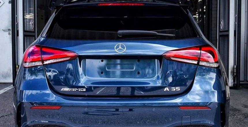 Posted @withrepost • @mbkundencenter Erfrischend cool bei sommerlichen Temperaturen. Der A 35 Edition 1 mit markanter AMG Heckschürze. ️ . [Mercedes-AMG A 35 4MATIC | Kraftstoffverbrauch kombiniert: 7,4–7,3 l/100 km | CO₂-Emissionen kombiniert: 169–167 g/km | mb4.me/nefz] .