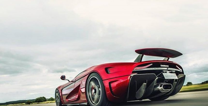 Posted @withrepost • @topgear How low can you go? Photographer @rowan_topgear risks a little road rash to bring you this worm's-eye view of the 250mph Koenigsegg Regera.